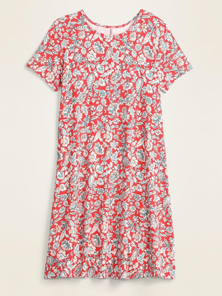 "<p>The <product href=""https://oldnavy.gap.com/browse/product.do?pid=551793#pdp-page-content"" target=""_blank"" class=""ga-track"" data-ga-category=""Related"" data-ga-label=""https://oldnavy.gap.com/browse/product.do?pid=551793#pdp-page-content"" data-ga-action=""In-Line Links"">Jersey Swing Dress </product> ($12, originally $25) comes in 10 patterns and colors but I'm partial to the red floral.</p>"