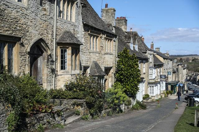 Houses in Burford, Gloucestershire