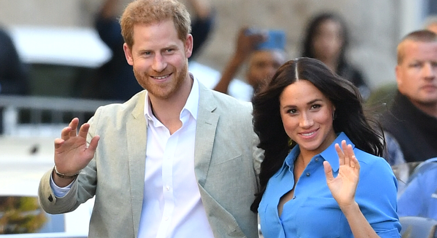Meghan Markle rewears a bright blue dress in Cape Town [Photo: Getty]