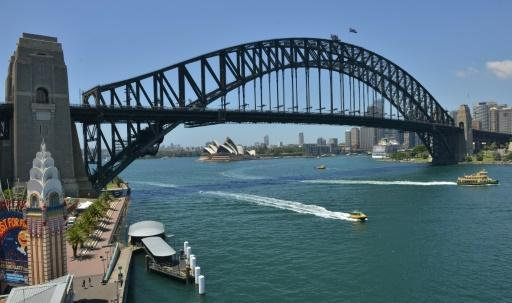 <p>Brawling family of 23 removed from Australian cruise ship</p>