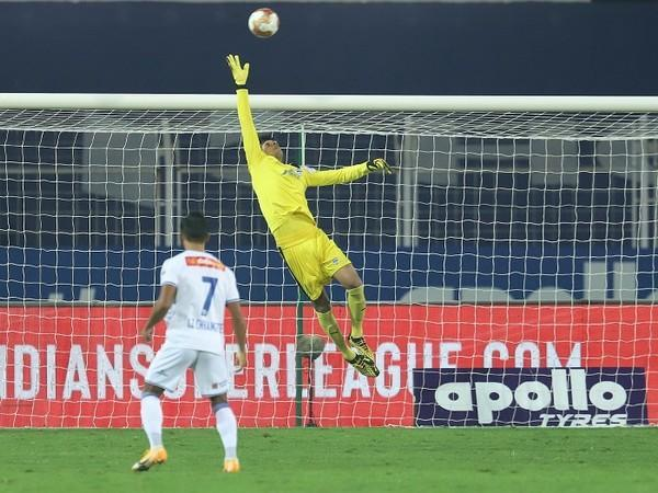 Gurpreet Singh Sandhu clinched back-to-back clean sheets with a strong outing against an aggressive CFC (Image: ISL)