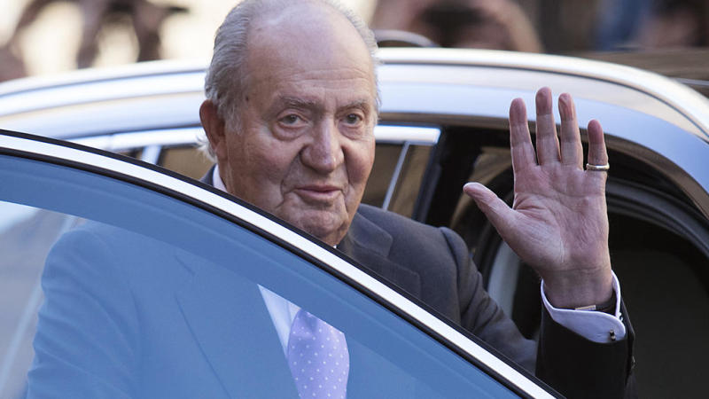 Spain's former King Juan Carlos I slips into exile as corruption probe gathers pace