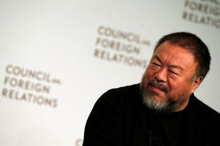 Chinese artist and dissident Ai Weiwei speaks at the Council on Foreign Relations in the Manhattan borough of New York City, U.S., November 2, 2016. REUTERS/Mike Segar