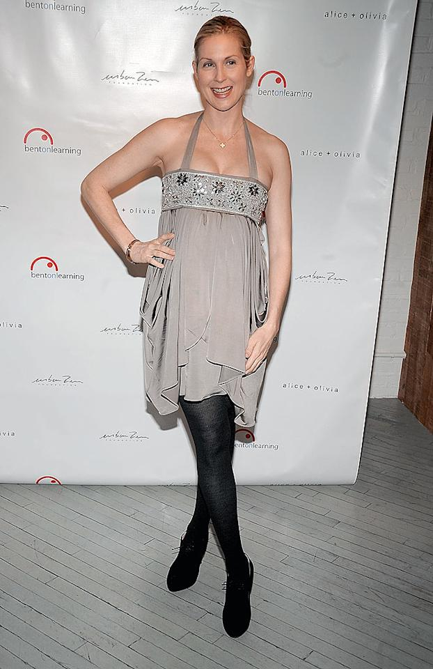 """""""Gossip Girl's"""" Kelly Rutherford, who recently received permission from a judge to move her infant son from L.A. to New York, enjoyed a rare night out. Jamie McCarthy/<a href=""""http://www.wireimage.com"""" target=""""new"""">WireImage.com</a> - February 25, 2009"""