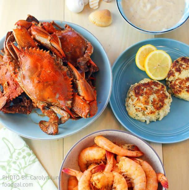 """<strong>How It Works:</strong> Get the best crabs and crab cakes in the world delivered from Maryland to your door overnight with <a href=""""https://fave.co/3ctDLfb"""" rel=""""nofollow noopener"""" target=""""_blank"""" data-ylk=""""slk:Cameron's Seafood"""" class=""""link rapid-noclick-resp"""">Cameron's Seafood</a>.<br><strong>Offerings: </strong>Find whole crabs, crab legs and crab meat, as well as lobster, shrimp and shellfish.<br><strong>Pricing: </strong>Buy a six-pack of <a href=""""https://fave.co/3cyw33k"""" rel=""""nofollow noopener"""" target=""""_blank"""" data-ylk=""""slk:large crabs for $80"""" class=""""link rapid-noclick-resp"""">large crabs for $80</a> or two jumbo <a href=""""https://fave.co/3cwyzHe"""" rel=""""nofollow noopener"""" target=""""_blank"""" data-ylk=""""slk:crab cakes for $32"""" class=""""link rapid-noclick-resp"""">crab cakes for $32</a>. Get free shipping on orders over $200.<br><strong>How To Try It</strong>: Visit <a href=""""https://fave.co/3ctDLfb"""" rel=""""nofollow noopener"""" target=""""_blank"""" data-ylk=""""slk:Cameron's Seafood"""" class=""""link rapid-noclick-resp"""">Cameron's Seafood</a>."""