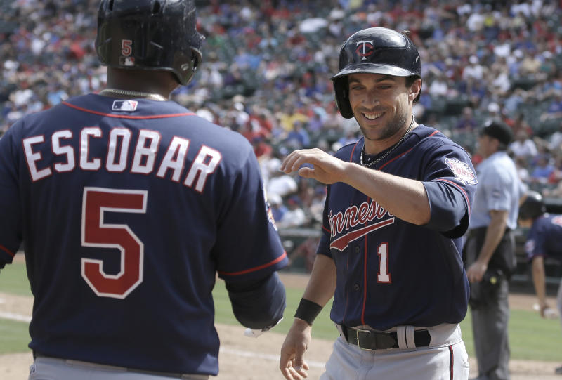 Morales has big hit, leads Twins past Rangers 3-2