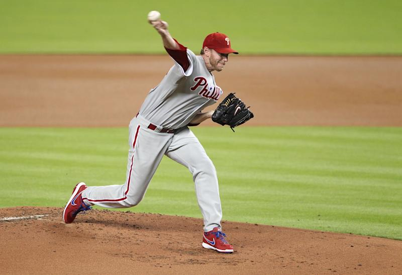 Former MLB pitcher Roy Halladay died Tuesday. (Marc Serota/Getty Images)