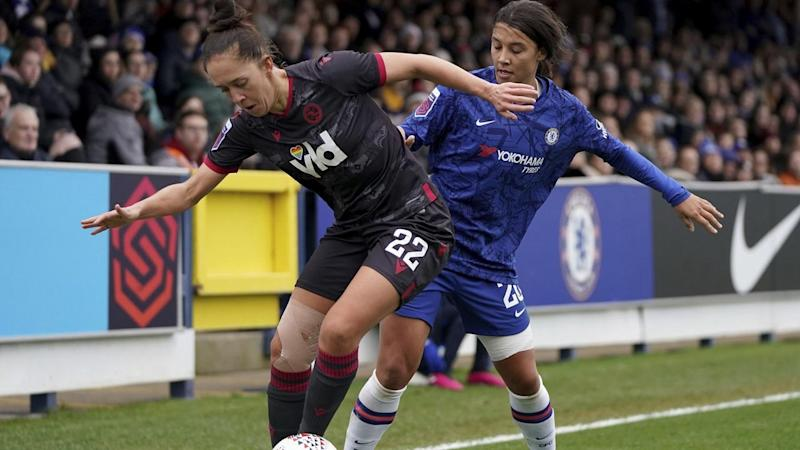 Sam Kerr (R) has kicked off her Chelsea career with a 3-1 win over Reading in England's WSL