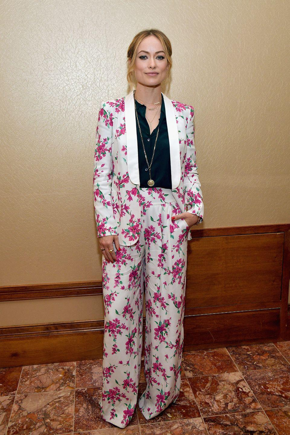 <p>A floral Rachel Zoe pink and white suit teamed with a black shirt was the look du jour at the star-studded event. <br></p>