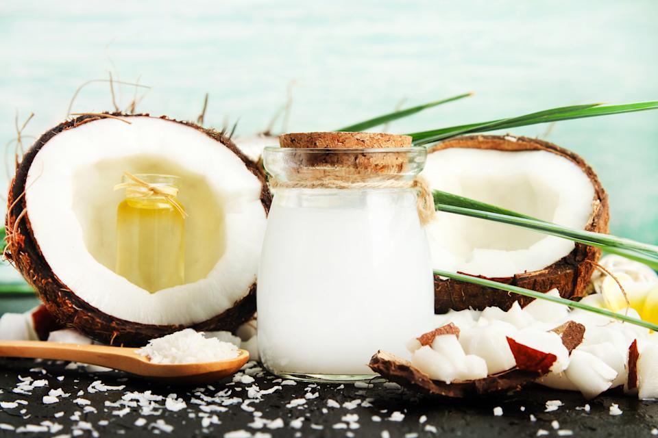Homemade skin & beauty care products rich in vitamins.