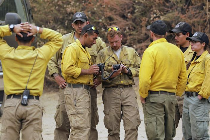 "Bureau of Land Management firefighters. <span class=""copyright"">(Irfan Khan / Los Angeles Times)</span>"