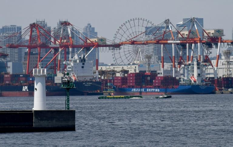 Japan logs trade surplus over 9 bln Dollars  in January-June period