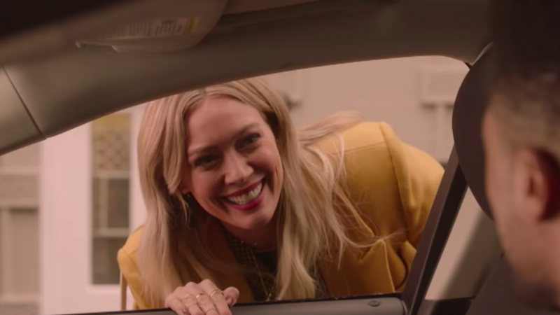 Disney+ Shares First Look at 'Lizzie McGuire' Revival Series: Watch