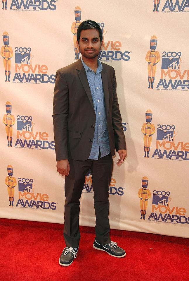 "<a href=""http://movies.yahoo.com/movie/contributor/1809772456"">Aziz Ansari</a> at the 18th Annual MTV Movie Awards - 05/31/2009"
