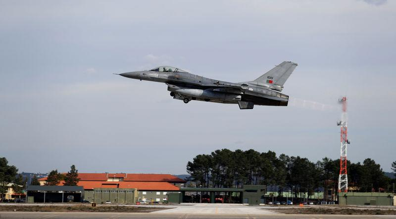 A F-16 takes off during the Real Thaw 2018 exercise at Air Base number 5 in Monte Real