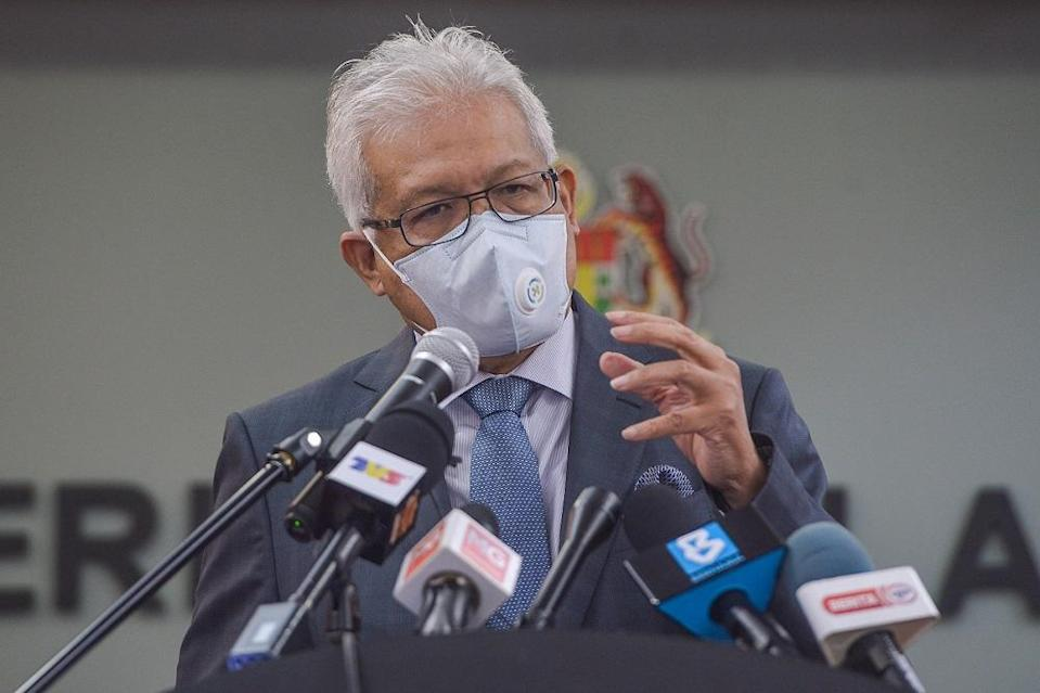 Home Minister Datuk Seri Hamzah Zainudin also said that the police are clueless on the whereabouts of Muhammad Riduan Abdullah, the Muslim-convert ex-husband of Hindu mother M. Indira Gandhi, who absconded after kidnapping their youngest daughter, M. Prasana Diksa. ― Picture by Miera Zulyana