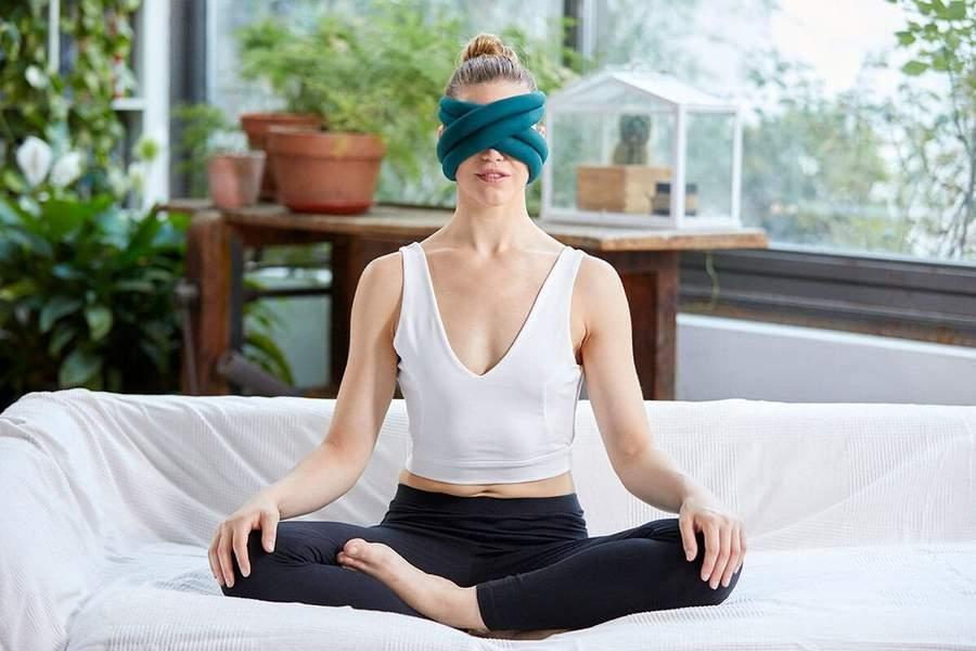 "<h2>Ostrichpillow Loop Eye Pillow</h2><br>This eye pillow looks kind of strange — anyone else getting alien vibes? — but it's a great accessory to have for people who enjoy meditating or <a href=""https://www.refinery29.com/en-us/30-day-meditation-challenge"" rel=""nofollow noopener"" target=""_blank"" data-ylk=""slk:mindfulness practices"" class=""link rapid-noclick-resp"">mindfulness practices</a>. The eye pillow provides a total blackout sensation, helping you disconnect (even if it's for just a little while).<br><br><strong>OstrichPillow</strong> Loop Eye Pillow, $, available at <a href=""https://go.skimresources.com/?id=30283X879131&url=https%3A%2F%2Fostrichpillow.com%2Fproducts%2Floop-eye-pillow"" rel=""nofollow noopener"" target=""_blank"" data-ylk=""slk:Ostrichpillow"" class=""link rapid-noclick-resp"">Ostrichpillow</a>"