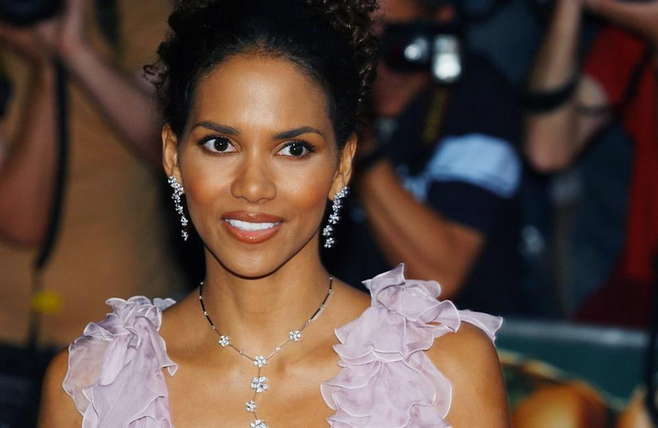 Star of the film Halle Berry arrives for the European premiere of Catwoman at the Vue cinema in Leicester Square, central London.   (Photo by Andy Butterton - PA Images/PA Images via Getty Images)