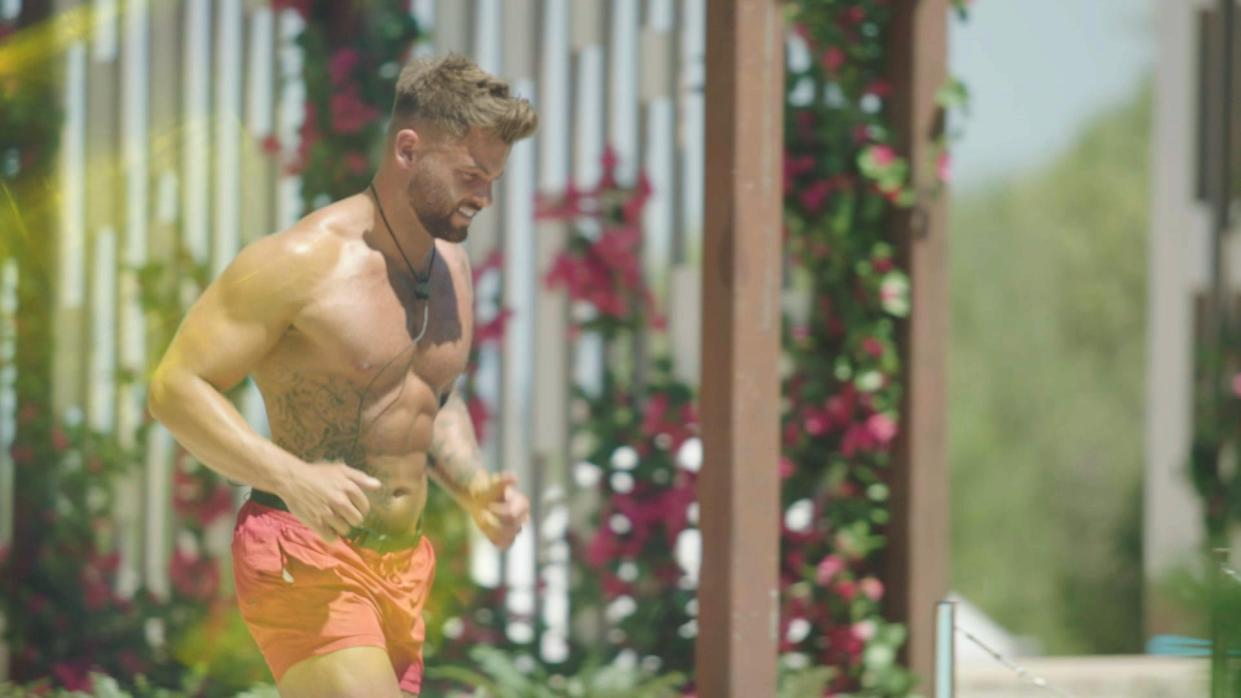 This image and the information contained herein is strictly embargoed until 21.00 Sunday 27th June 2021  From Lifted Entertainment  Love Island: SR7: Ep1 on ITV2 and ITV Hub new episodes are available the following morning on BritBox  Pictured: Jake arrives.  This photograph is (C) ITV Plc and can only be reproduced for editorial purposes directly in connection with the programme or event mentioned above, or ITV plc. Once made available by ITV plc Picture Desk, this photograph can be reproduced once only up until the transmission [TX] date and no reproduction fee will be charged. Any subsequent usage may incur a fee. This photograph must not be manipulated [excluding basic cropping] in a manner which alters the visual appearance of the person photographed deemed detrimental or inappropriate by ITV plc Picture Desk.  This photograph must not be syndicated to any other company, publication or website, or permanently archived, without the express written permission of ITV Picture Desk. Full Terms and conditions are available on the website www.itv.com/presscentre/itvpictures/terms  For further information please contact: james.hilder@itv.com / 0207 157 3052