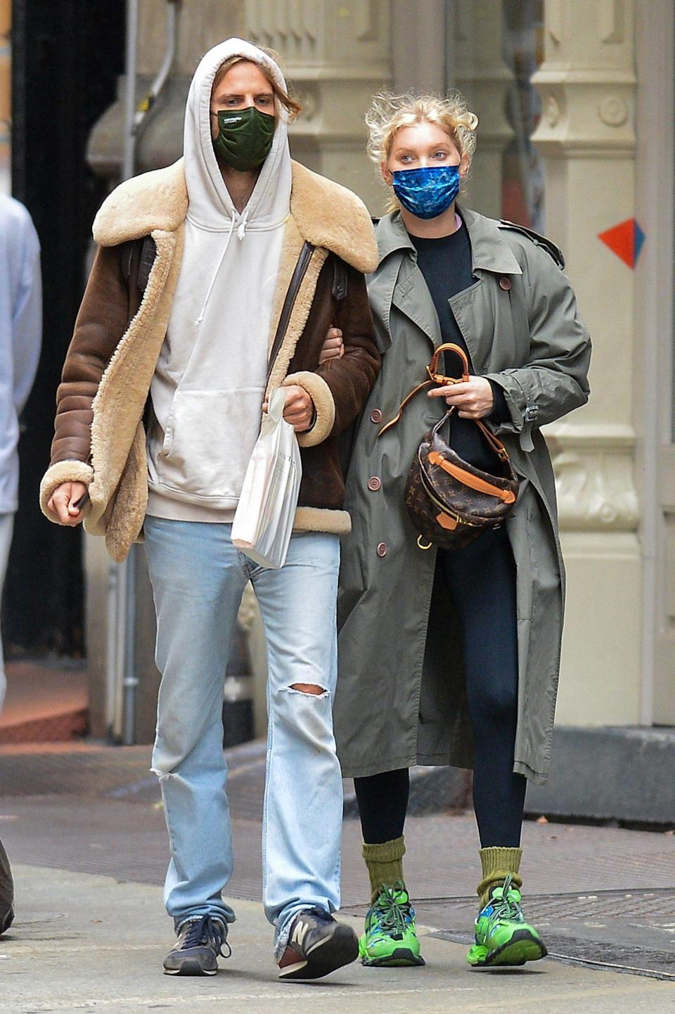 <p>Parents-to-be Elsa Hosk and Tom Daly get bundled up before stepping out in N.Y.C.</p>