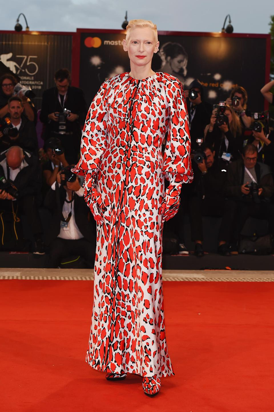 <p>Taking the colour-blocking trend to new heights, actress Tilda Swinton wore a Schiaperelli ensemble from the luxury fashion house's AW18 line. <em>[Photo: Getty]</em> </p>
