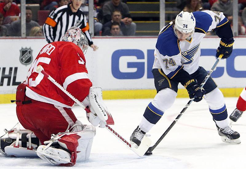 Red Wings and US goalie Howard out at least a week