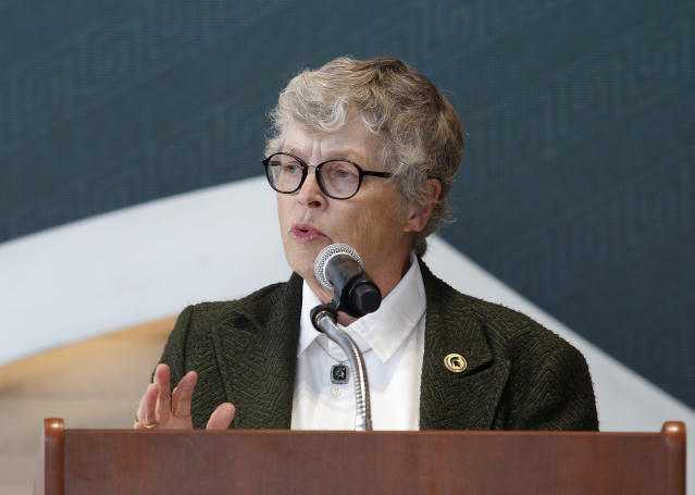 Lou Anna Simon resigned as MSU's president, but she still gets a lifetime of sweet, sweet perks. (AP Photo)