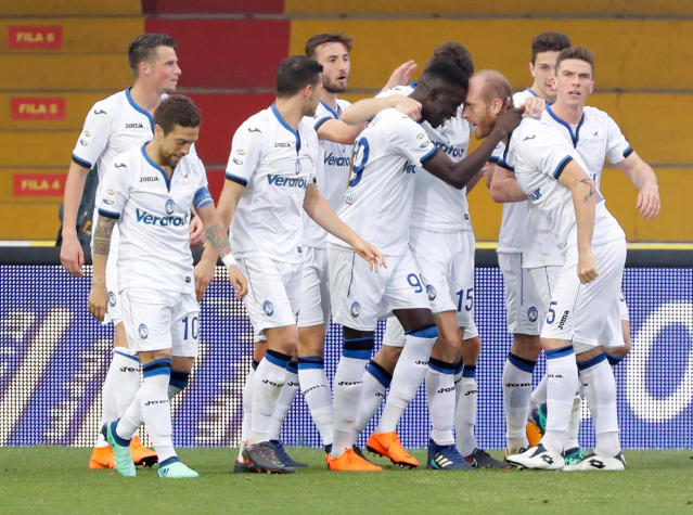 Atalanta's Musa Barrow, 4th from right, celebrates after scoring during a Serie A soccer match between Benevento and Atalanta at the Ciro Vigorito stadium in Benevento, Italy, Wednesday, April 18, 2018. (Mario Taddeo/ANSA via AP)