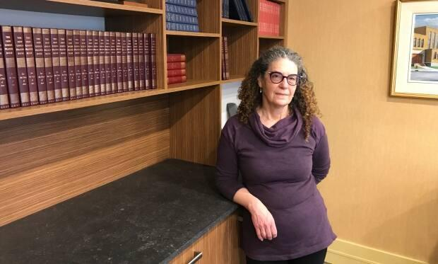 Rabbi Ellen Greenspan says many converts say they're missing a sense of community when they decide to turn to Reform Judaism.