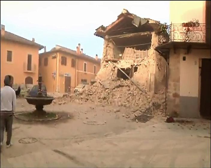 TV grab shows a collapsed building in Norcia, central Italy after a 6.6 magnitude earthquake on October 30, 2016 (AFP Photo/)