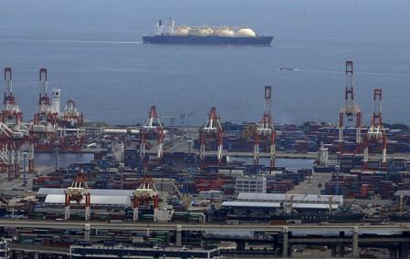 Asian spot prices drop, outlooks for winter get bearish