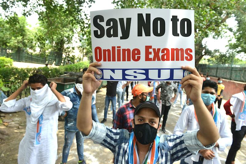 NSUI members protest for cancellation of University exams and promotion of all students in New Delhi. (Photo: The India Today Group via Getty Images)