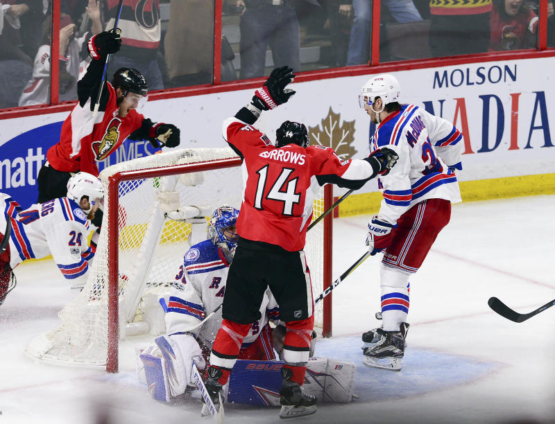 Rangers top Senators 4-1, tie series 2-2
