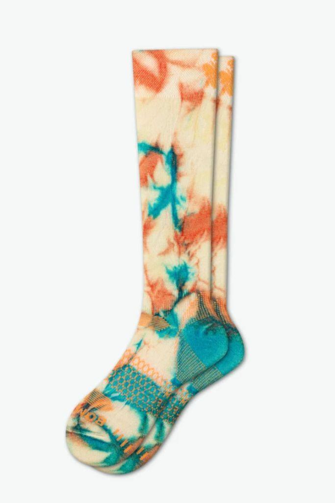 bombas, bombas socks, socks, tie dye, tie dye socks, 2020 fashion trends