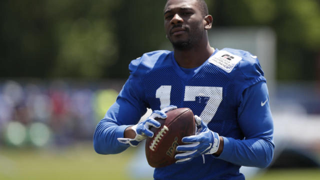 Colts' Devin Funchess still waiting on collarbone to heal