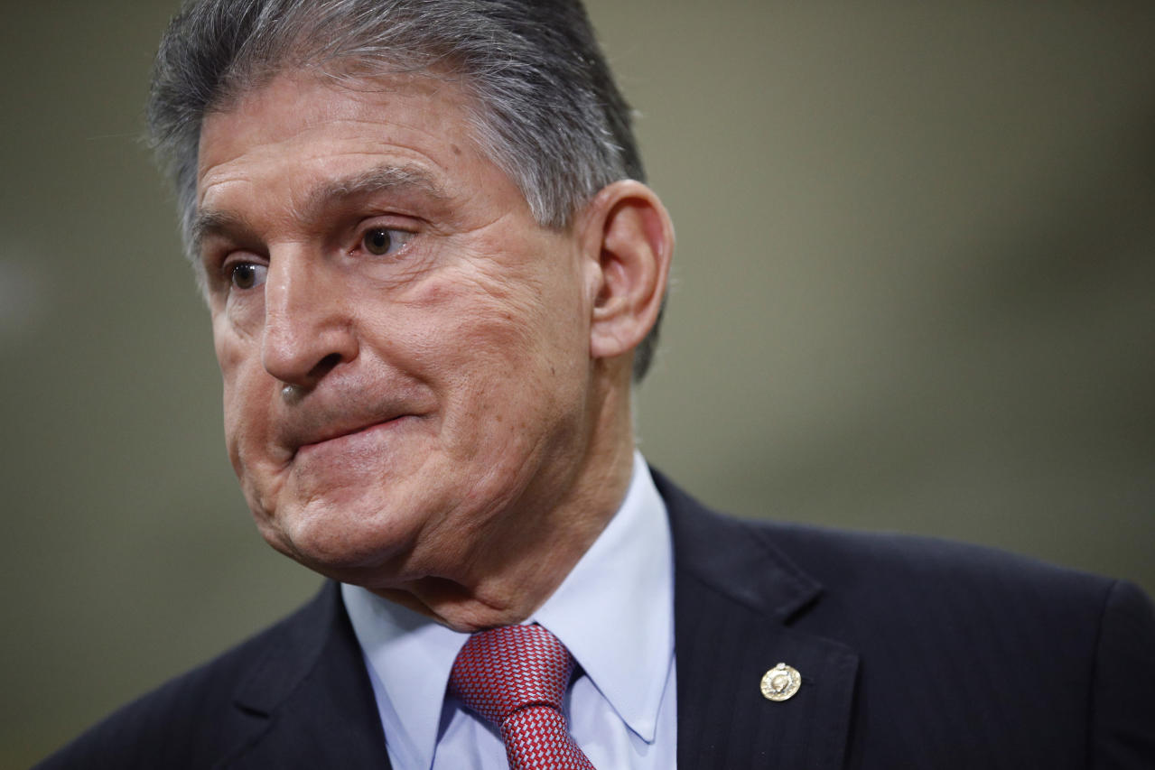 Manchin to Trump: I'm no Munchkin, and by the way, you're 'much heavier than me'