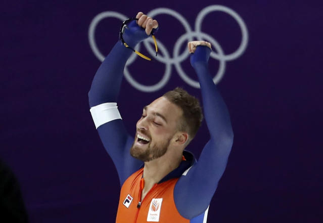 Speed Skating - Pyeongchang 2018 Winter Olympics - Men's 1000m competition finals - Gangneung Oval - Gangneung, South Korea - February 23, 2018 - Kjeld Nuis of the Netherlands celebrates after winning a gold medal. REUTERS/Damir Sagolj
