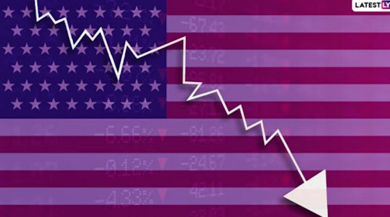 US Recession is Almost Here; Bloomberg Prediction Puts Chances of Recession in United States Within Next 12 Months at 100%