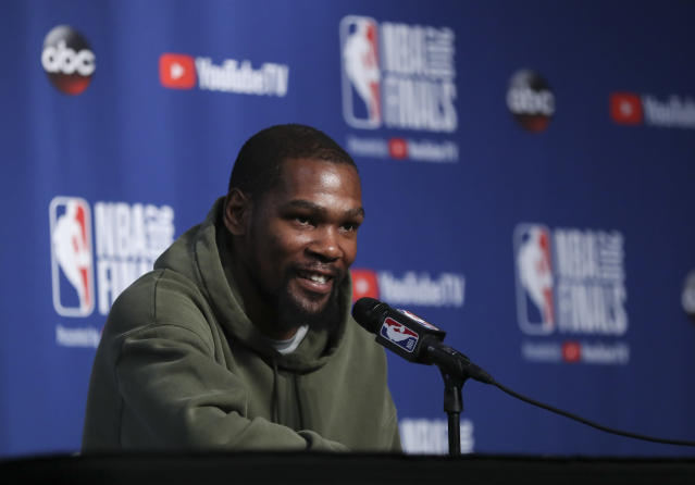 Golden State Warriors forward Kevin Durant seems to leave a trail of charity wherever he goes. (AP Photo)