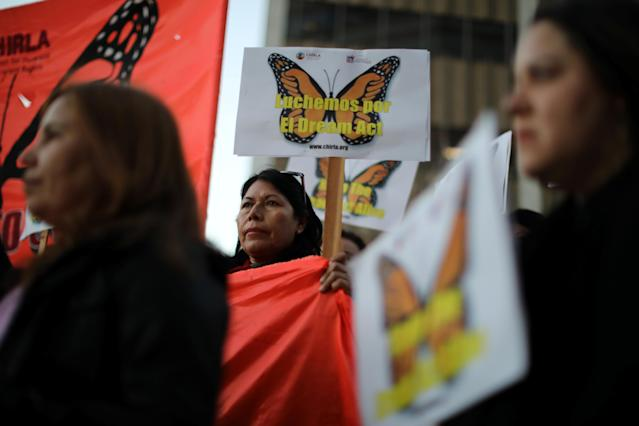 <p>People protest for immigration reform for DACA recipients and a new Dream Act, in Los Angeles, Calif., Jan. 22, 2018. (Photo: Lucy Nicholson/Reuters) </p>