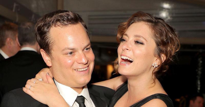 Pregnant Rachel Bloom and Her Husband Taken in by Calif. Couple After Tweeting While Stranded