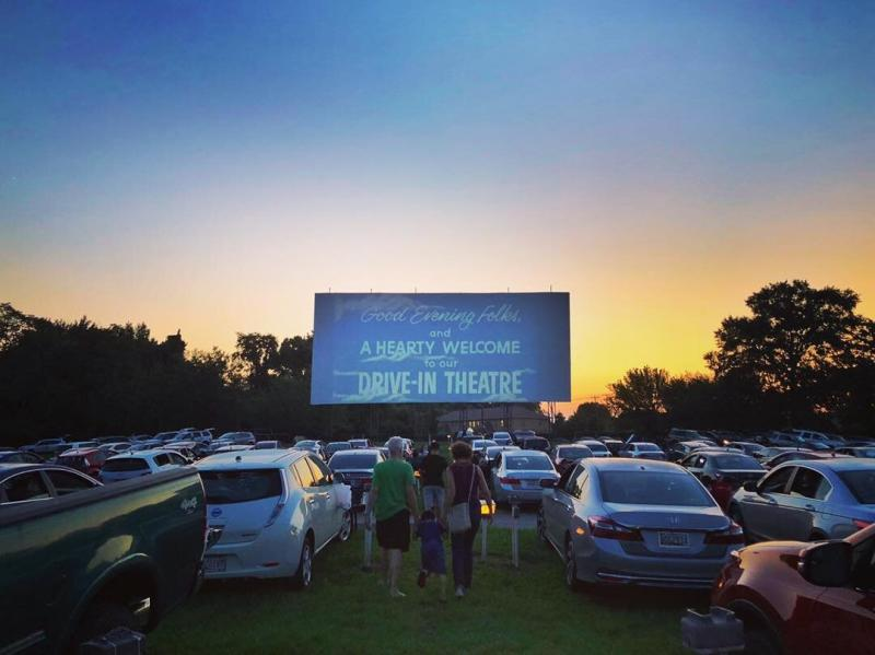 7 Of The Best Drive In Movie Theaters That Are Worth A Road Trip