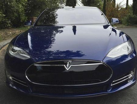 Consumer Watchdog: Tesla should disable Autopilot immediately