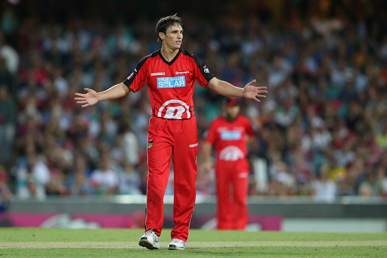 SYDNEY, AUSTRALIA - JANUARY 09: Will Sheridan of the Renegades reacts to his teams fielding during the Big Bash League match between the Sydney Sixers and the Melbourne Renegades at SCG on January 9, 2013 in Sydney, Australia.  (Photo by Cameron Spencer/Getty Images)