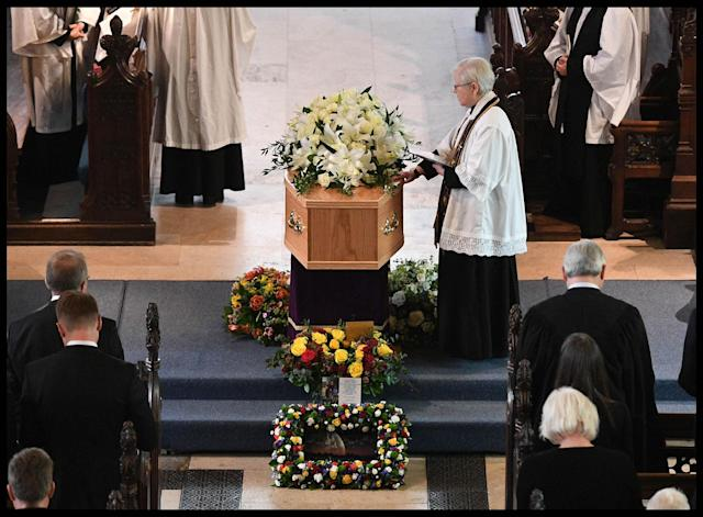 <p>Professor Stephen Hawking's funeral service at the University Church of St Mary the Great in the center of Cambridge, England on March 31, 2018. (Photo: Andrew Parsons/i-Images via ZUMA Press) </p>