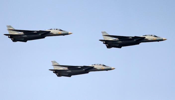 Iran's F-14 fighter jets fly during the annual Army Day military parade in Tehran in April 2012. (Photo: Atta Kenare AFP/GettyImages)
