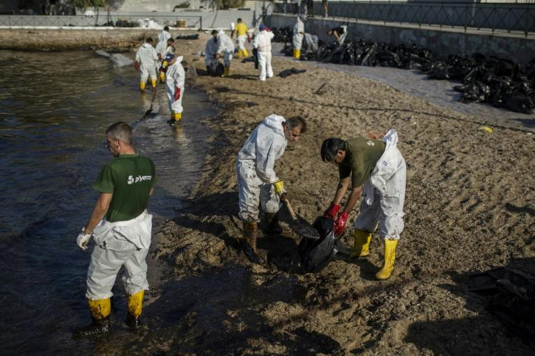 "Greek officials say every available resource has been deployed to clean up the oil spill within ""20-25 days"""