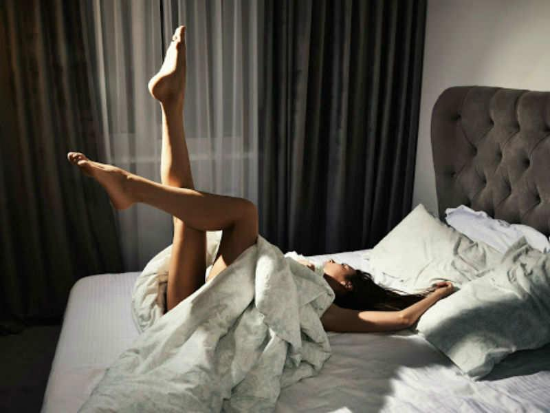 Lifting your legs in the air for 20 minutes after sex for pregnancy