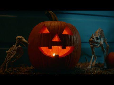 """<p>More! Judy! Greer! After <em>Halloween</em>'s successful reboot, Jamie Lee Curtis and her daughter (played by Greer) are back for the next chapter of the Michael Meyers saga. Thought he burned up in that house fire in 2019? Think again. No one is going to let that poor Laurie Strode rest… not until someone finally does the unimaginable and takes Michael out themselves.</p><p><a href=""""https://www.youtube.com/watch?v=TgWlruoQoLI"""" rel=""""nofollow noopener"""" target=""""_blank"""" data-ylk=""""slk:See the original post on Youtube"""" class=""""link rapid-noclick-resp"""">See the original post on Youtube</a></p>"""