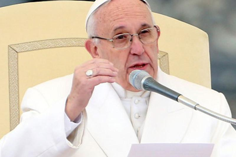 Pope Francis Warns World is One Step Away from Nuclear War